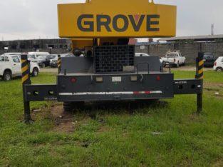 Grove Crane
