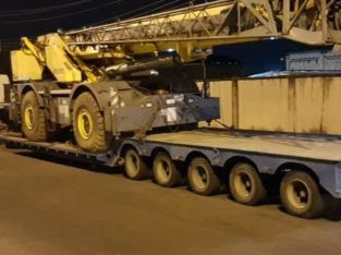90ton 4 by 4 Grove crane